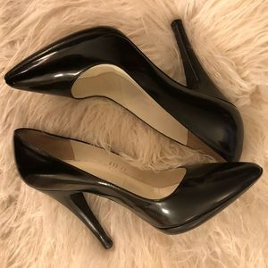 Sigerson Morrison Sz 9 Black Patent Leather Pump